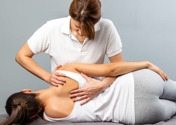 Brisbane Chiropractor Spinal Adjustment