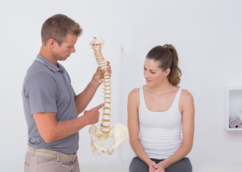 Consultation With Brisbane Chiropractor Lower Back Pain